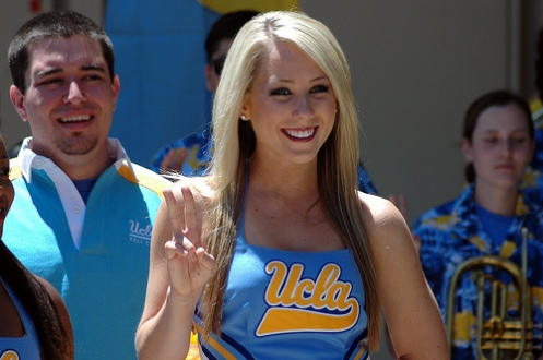 UCLA-cheerleader